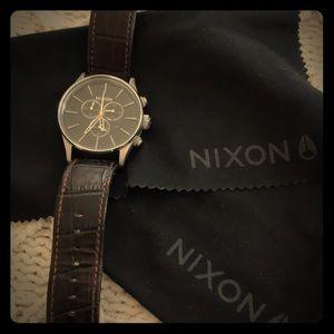 Nixon Sentry Chrono leather watch (dark leather)